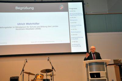Ulrich Wehrhöfer vom Ministerium für Schule und Bildung NRW