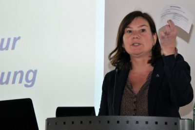 Professorin Dr. Sabine Manzel bei der ZLB-Mitgliederversammlung