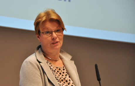 Gabriele Pieper, die Leiterin des Landesprüfungsamtes, Außenstelle Essen