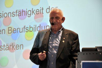 Prof. Dr. Josef Rützel